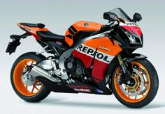 If i wasnt a thrill junky and wouldnt kill myself in the first 10 sec on this I would get this bike. Awseome ... Honda CBR 1000RR Fireblade Repsol