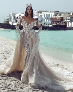2018 New Arrival V-neck High-end Custom Made 2 In 1 Appliques Style Long Sleeves Lace High Quality Backless Wedding Dresses Salon Bridal Dream Wedding Dresses, Bridal Dresses, Wedding Gowns, Prom Dresses, Wedding Bride, Wedding Ceremony, Backless Wedding, Beautiful Gowns, Dream Dress