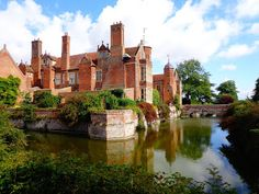 American To Britain: Kentwell Hall