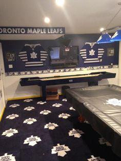 Hockey Bedroom, Toronto Maple Leafs, Game Room, Home Remodeling, Corner Desk, Leaves, Man Caves, Reno Ideas, Ice Hockey