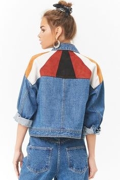 Forever 21 is the authority on fashion & the go-to retailer for the latest trends, styles & the hottest deals. Shop dresses, tops, tees, leggings & more! Custom Clothes, Diy Clothes, Denim Fashion, Fashion Outfits, Painted Denim Jacket, Denim Ideas, Painted Clothes, Inspiration Mode, Mode Streetwear