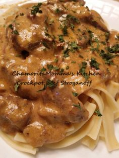 ✅Crockpot Beef Stroganoff Didn't love, actually hated it. Sauce came out super thick. Maybe I left it cooking too long but didn't like the flavor. Crock Pot Slow Cooker, Crock Pot Cooking, Slow Cooker Recipes, Healthy Crockpot Recipes, Beef Recipes, Cooking Recipes, Crockpot Meals, Yummy Recipes, Yummy Food