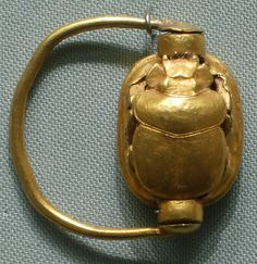 Scarab Finger Ring Period: New Kingdom Dynasty: Dynasty 18 Reign: reign of Thutmose III Date: ca. 1479–1425 B.C. Geography: Egypt, Upper Egypt; Thebes, Wadi Gabbanat el-Qurud, Tomb of the 3 Foreign Wives of Thutmose III, Wadi D, Tomb 1 probably