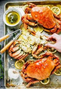 The Best Oven-Roasted Dungeness Crab Recipe - with herbs, garlic buttery sauce, perfect for Valentines Day Dinner for two. Dungeness Crab Legs, Dungeness Crab Recipes, Cooking Crab, Garlic Butter Dungeness Crab Recipe, Herb Recipes, Fish Recipes, Seafood Recipes, Cooking Recipes, Recipes