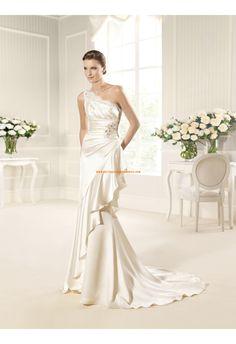 Robe de mariée sirène col asymétrique satin dentelle