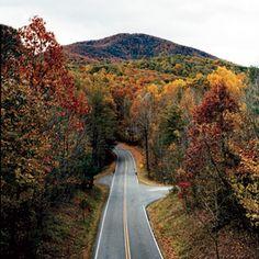 Weekend Getaway from Atlanta: Blue Ridge Parkway Road Trip Hiking In Virginia, Blue Ridge Parkway, Ridge Road, Shenandoah National Park, Travel And Leisure, Weekend Getaways, National Parks, Places To Visit, Road Trips