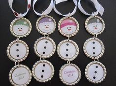 Bottle cap snowman ornaments - my sister in law did these 2 years for gifts. SUCH good ideas that gal has! ; )