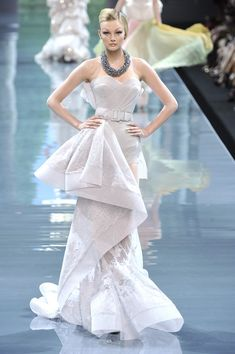 The Most Beautiful Haute Couture Dresses - The Most Mind-Blowing Couture Gowns of the Last Five Years - StyleBistro