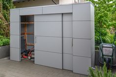 Gartenhaus | Gartenschrank in Pforzheim by design@garten, Wetterfeste Fassade - niemals streichen. #Gartenhaus #Gartenschrank #HPL