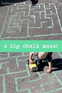 Outdoor Games For Toddlers - Sidewalk Chalk Maze! Summer Activities, Preschool Activities, Indoor Activities, Outdoor Activities For Preschoolers, Indoor Games, Motor Activities, Creative Activities, Sidewalk Chalk Games, Sidewalk Art