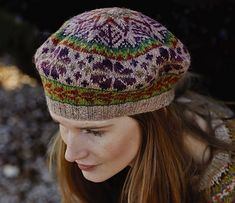 Chamomile Tam - Knit this accessory tam style hat from Windswept. A design by Marie Wallin using the gorgeous yarn Felted Tweed (wool,alpaca and viscose), t. Motif Fair Isle, Fair Isle Pattern, Tejido Fair Isle, Knit Crochet, Crochet Hats, Fair Isle Knitting, Bandeau, Deep Purple, Ravelry