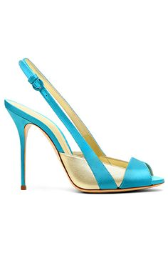 Sky blue and pearl-colored, sling-back pumps by Casadei would be a wonderful addition to any glamorous woman's wardrobe. Pretty Shoes, Beautiful Shoes, Shoe Boots, Shoes Sandals, Kinds Of Shoes, Dream Shoes, Hot Shoes, Womens High Heels, Me Too Shoes