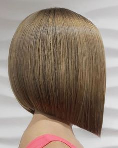 Extremely Popular Angled Bob Hairstyles 2019 - Page 34 of 34 - Lead Hairstyles Angled Bob Hairstyles, Undercut Hairstyles, Straight Hairstyles, Medium Hair Styles, Curly Hair Styles, Bobs For Thin Hair, Short Bob Wigs, Human Hair Wigs, Pixie