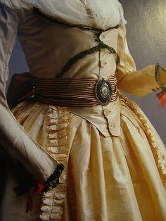 Dress (robe à l'anglaise) c.1790-England Material: Cream silk taffeta…