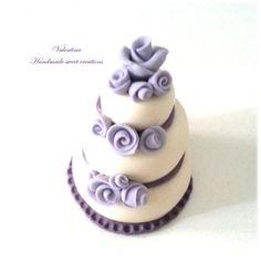 Mini wedding cake, segnaposto matrimonio torta rose lilla, by Valentina Handmadesweetcreations, 4,00 € su misshobby.com
