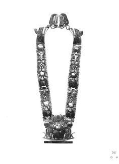 """Carter No.: 267h. Flexible pectoral with suspension chains and counterpoise clasp. Burton photograph: p1188"" ^**^"