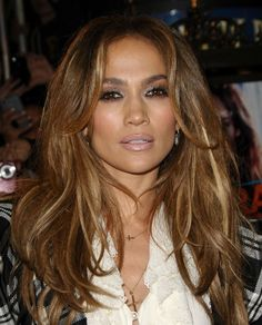 Sure Jennifer Lopez Hair Is Long And Lush But Its That Amazing Bronde Color