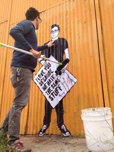 Street Art > Morley