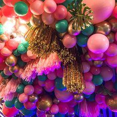 Tassel and Balloon Ceiling Birthday Room Decorations, Balloon Decorations, Birthday Party Themes, Girl Birthday, Halloween Window Clings, Halloween Shadow Box, Diy Halloween Luminaries, Diy Halloween Decorations, Christmas Decorations