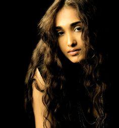 Jiah Khan was a fighter : Rabiya South Actress, Old Actress, Bollywood News, Bollywood Actress, Bollywood Posters, Suraj Pancholi, Russian Singles, Cool Lettering, Single Women