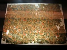 Silk from Mawangdui 2 - Han dynasty - Woven silk textile from Tomb No. 1 at Mawangdui, Changsha, Hunan province, China, century BC. Perse Antique, Parthian Empire, The Han Dynasty, Roman History, Timeline Covers, Silk Road, Good Old, Ancient History, American History