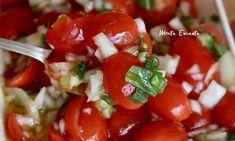Vinagrete de Tomatinho Sweet, inove no molho da salada, substituindo o tradicional tomate pelos adocicados tomatinhos sweet.