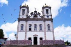 Tchela - Salvador - Igreja do Senhor do Bonfim - Google Imagens http://marcelatchela.com.br/index.php/2017/03/29/salve-salve-salvador-hoje-e-o-aniversario-de-salvador/