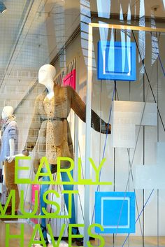 De Bijenkorf windows by Con'fetti, Holland visual merchandising