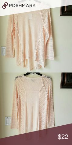 🆕Freshman peach lace sleeve tee Brand new never been worn body 64% rayon 36% polyester sleeve/side panel 57% cotton 42% polyester 1% spandex Tops Tees - Long Sleeve