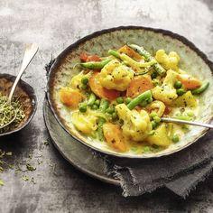 Ein kunterbuntes Gemüse-Allerlei, schön scharf gewürzt mit Chili & Co. Sie können es alleine als Hauptgericht genießen, oder auch als Beilage kombinie...