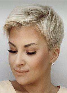 Short Hair Styles Easy, Short Hair With Layers, Short Hair Cuts For Women, Layered Hair, Cute Hairstyles For Short Hair, Pixie Hairstyles, Short Haircuts, Hair Addiction, Pixies