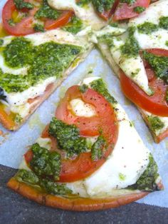 15-minute Gluten Free Caprese Pesto Pizza by Glutenista