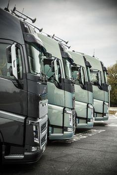 Esquadrão Volvo FH