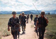 https://flic.kr/s/aHskJ6yaST | 101st Airborne Division 1696-67 - Photo by Rick Parker