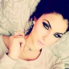 Eyes makeup. Wow beautiful