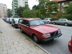 VOLVO 245-887 GLT 1990 by fruttan, via Flickr