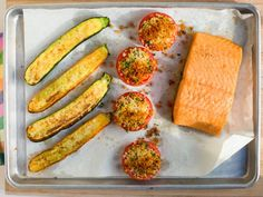 Salmon and Zucchini : Try a big piece of salmon, zucchini sprinkled with Parmesan, and tomato halves topped with parsley, oil and breadcrumbs.