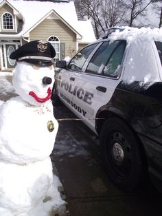 Dunwoody police snowman. Fun in the snow.