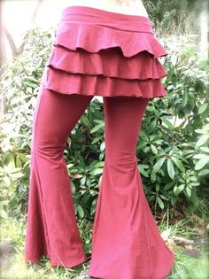 Flamenco bustle pants - am going to put a simple bustle on a pair of my jeans...some way!