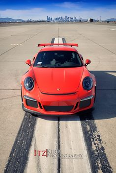 The Porsche 911 is a truly a race car you can drive on the street. It's distinctive Porsche styling is backed up by incredible race car performance. Porsche 911 Gt3, Porsche 2017, Porsche 911 Classic, Porche 911, Porsche Sports Car, Porsche Carrera, Porsche Cars, Maserati, Ferrari