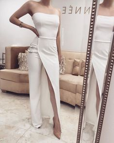 Outstanding women dresses are readily available on our internet site. Elegant Dresses, Sexy Dresses, Dress Outfits, Evening Dresses, Fashion Dresses, Prom Dresses, White Fashion, Look Fashion, Womens Fashion