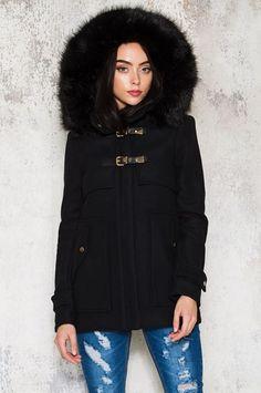 Köp Widow Coat hos Dennis Maglic