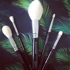 Brushes for tropical nights. https://www.zoeva-shop.de/