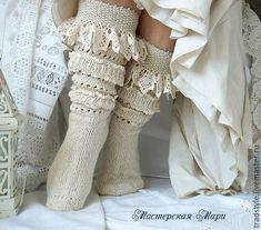 Высокие носки (гольфы) ручной работы.Шерсть.Шелк. Кружево ручной работы. Авторская работа. Купить теплые шерстяные носки. Белые носки.