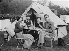 RV And Camping. Great Ideas To Think About Before Your Camping Trip. For many, camping provides a relaxing way to reconnect with the natural world. If camping is something that you want to do, then you need to have some idea Camping Hacks, Best Camping Gear, Camping Theme, Beach Camping, Camping With Kids, Family Camping, Tent Camping, Outdoor Camping, Camping Ideas