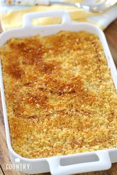 CHURCH LADY FUNERAL POTATOES (+Video) - side dishes #sidedishes Potatoe Casserole Recipes, Potato Recipes, Beef Recipes, Baking Recipes, Snack Recipes, Dinner Recipes, Beef Tips, Top Recipes, Cooking