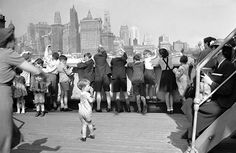 08 Jul 40: The first large contingent of 350 English children sent from the British Isles to be free of an impending Nazi invasion arrives in New York City as part of Britain's Operation Pied Piper.