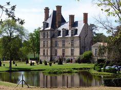 Château de la Guignardière...Avrillé . Pays-de-la-Loire