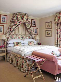 Alice Naylor-Leyland's English Country Wonderland