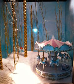 Tiffany window display 2011